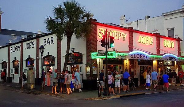 Bar Sloppy Joes
