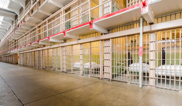 Cela w Alcatraz