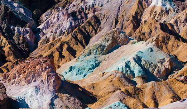 kolorowe skały Death Valley