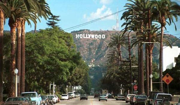 napis Hollywood widok z miasta