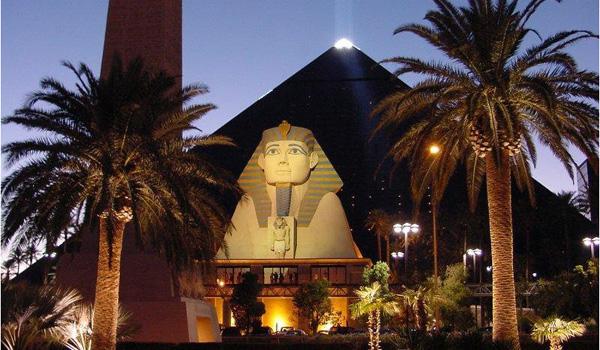 Luxor hotel i kasyno