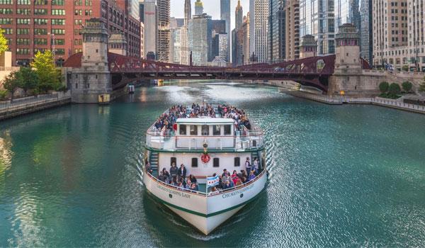 Zwiedzanie Chicago łodzią