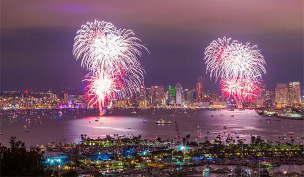 4 fajerwerki San Diego
